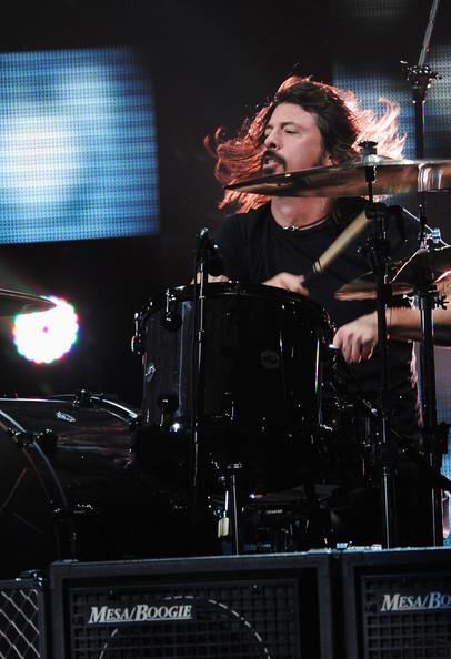 Dave+Grohl+12+12+12+Concert+Benefiting+Robin+MNHd-BgxQTNl