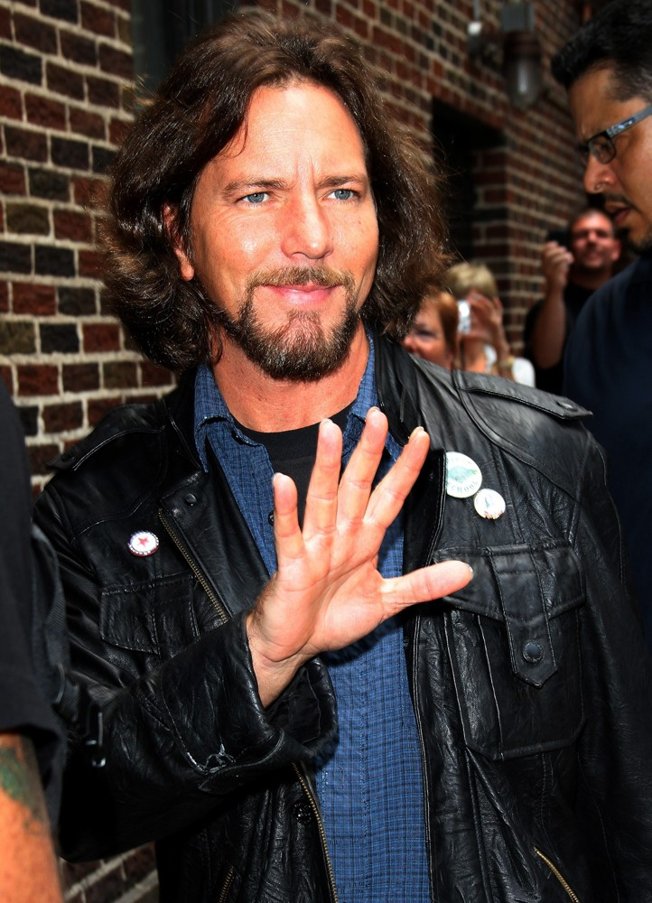 eddie-vedder-late-show-with-david-letterman-02