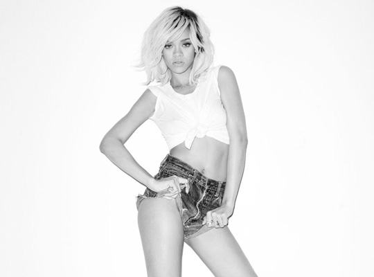 rihanna-photographed-by-terry-richardson-0